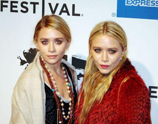 Ashley e Mary Kate Olsen nel 2011