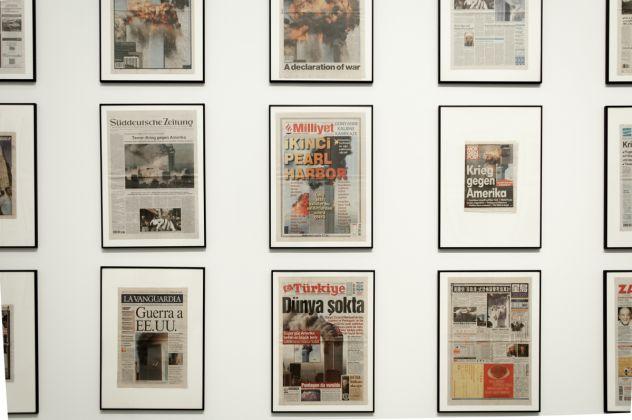 Come una falena alla fiamma. Hans Peter Feldmann. Exhibition view at Fondazione Sandretto Re Rebaudengo, Torino 2017. Photo Irene Fanizza