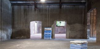 Corinna Gosmaro, Baggages, 2016, oil and spray paint on polyester filters, variable size IN THE DEPTH OF THE SURFACE, Ex Fabbrica Orobia, Milano. Foto Olga Costa