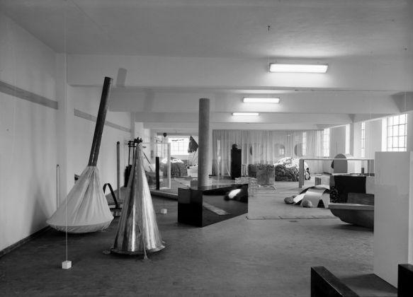 Deposito d'Arte Presente, 1967 68. Photo Paolo Bressano. Courtesy Archivio Pistoletto, Biella