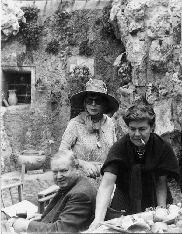 Evelyn Waugh, Georgina Masson,Lady Diana Cooper, Roma 1963