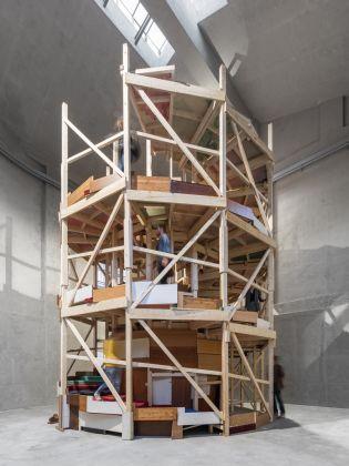 Gelitin, Fumami, 2017. Installation view at Fondazione Prada, Milano 2017. Photo Delfino Sisto Legnani e Marco Cappelletti. Courtesy Fondazione Prada