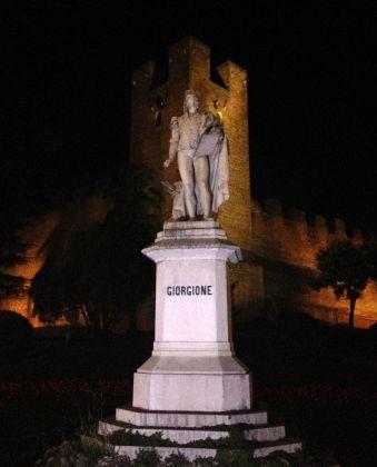 Il monumento dedicato a Giorgione a Castelfranco Veneto. Photo Marta Santacatterina