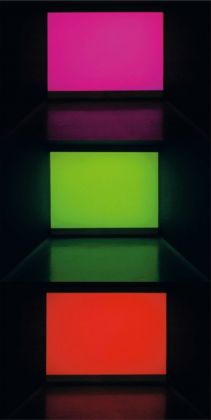 Józef Robakowski, Paul Sharits In collaboration with Wiesław Michalak, Attention Light!, 2004, video