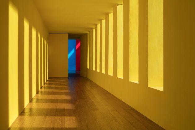 James Casebere, Yellow Passage, 2017, courtesy Galerie Templon, Paris Brussels, Paris Photo 2017