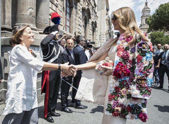 Melania Trump in Dolce & Gabbana a Taormina