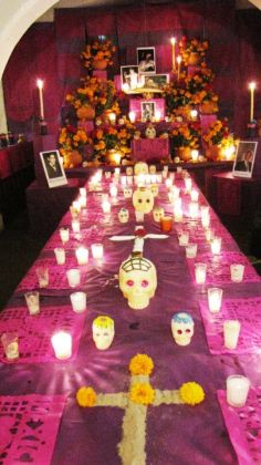 Ofrenda a casa dell'Indio Fernandez. Photo Mercedes Auteri