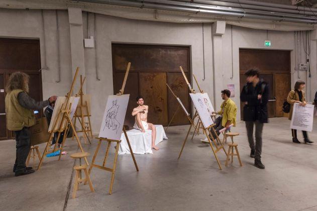 Patrizio Di Massimo, Self-Portrait as a Model (Take Me, I am Yours), 2017. Installation view at Pirelli HangarBicocca, Milano 2017. Courtesy Patrizio Di Massimo & T293, Roma & Pirelli HangarBicocca, Milano. Photo Lorenzo Palmieri