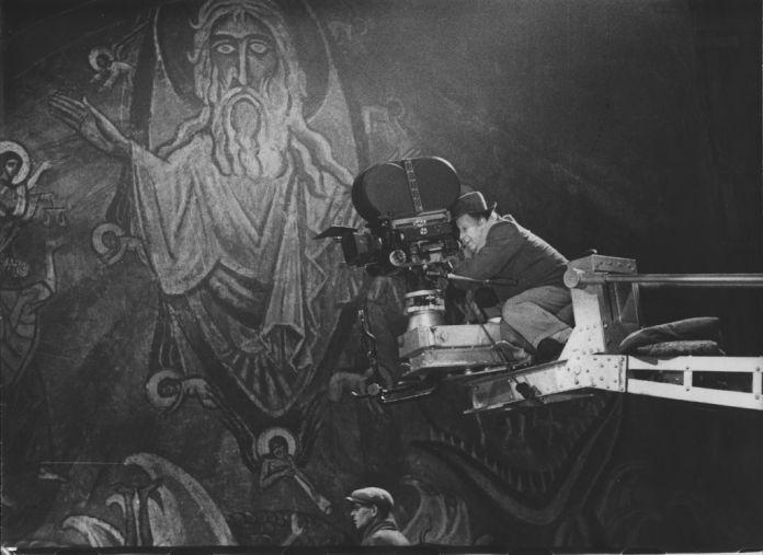Sergej M. Ejzenštejn sul set del film Ivan il Terribile, 1943