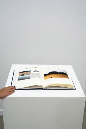 Silvia Camporesi, Almanacco Sentimentale, 2017. Courtesy z2o Sara Zanin Gallery, Roma. Photo Giorgio Benni