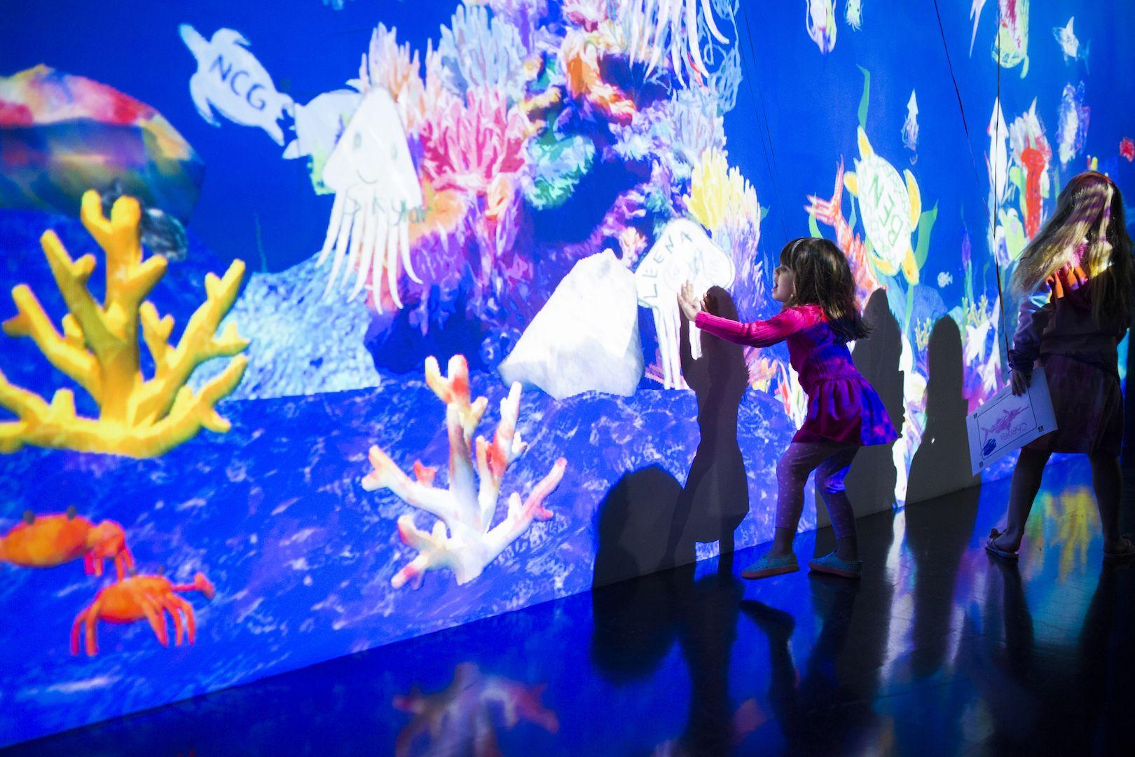 Sketch Aquarium, teamLab, 2013
