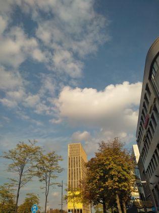 Veduta esterna dello Student Hotel di Eindhoven. Photo Daniele Perra