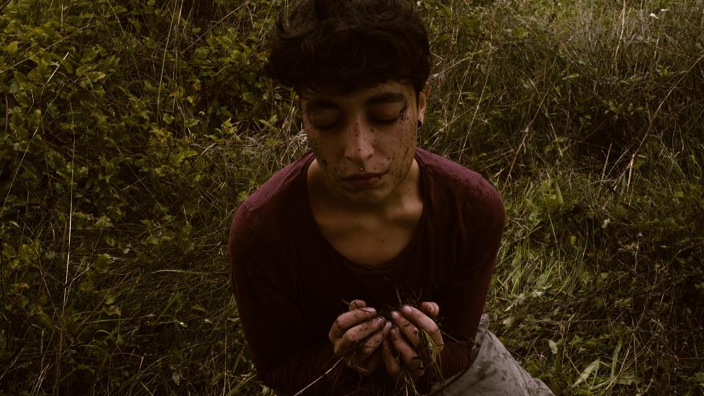 Virgilio Sieni, Il giardino delle erbacce, 2017, still da film. Courtesy Lo Schermo dell'Arte