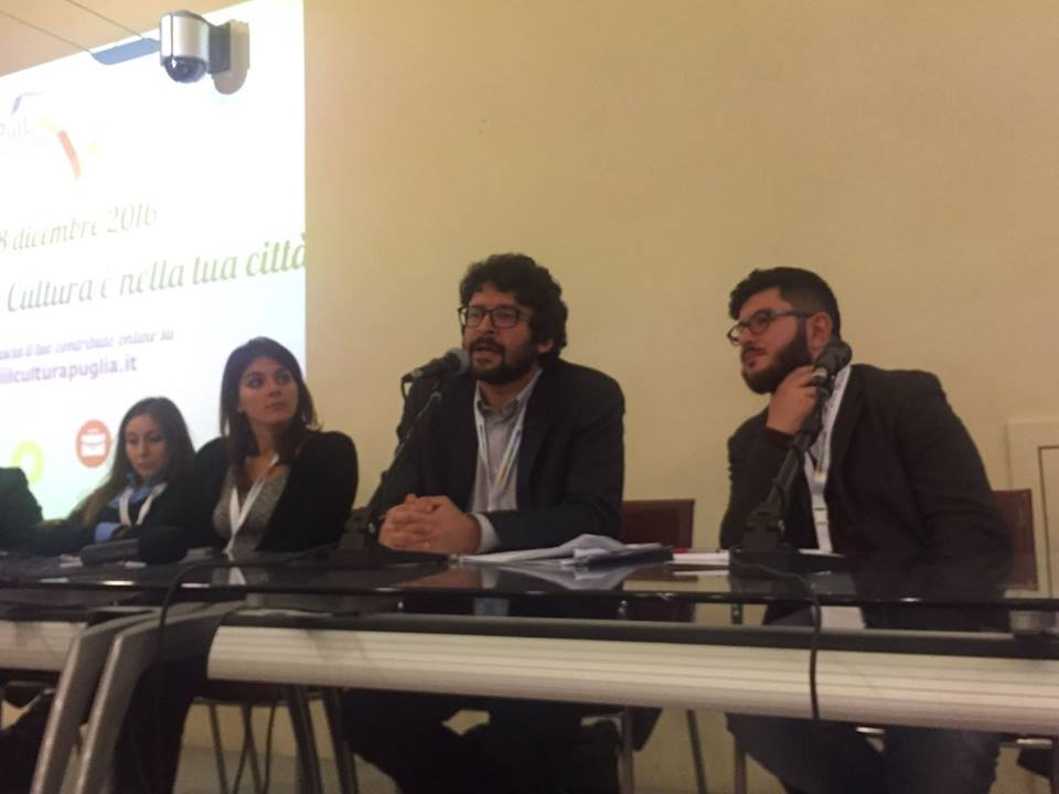 Alessandro Leogrande in uno degli incontri per il PIIIL. ph. Francesco Cascino