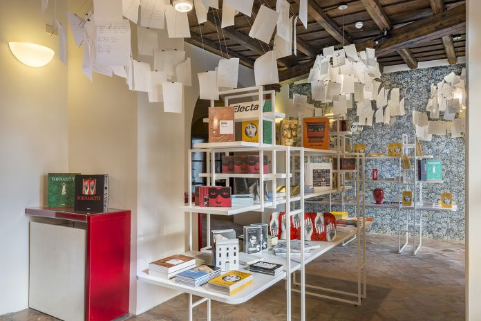 Bookshop PALAZZO ALTEMPS ©Electa. Ph. S. Castellani