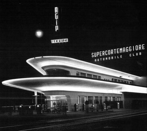 Milano, stazione Agip, architetto Mario Bacciocchi. © Archivio Storico ENI