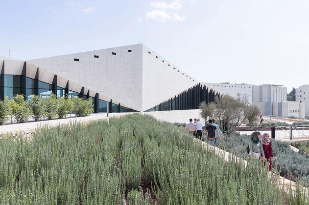 The Palestinian Museum, Birzeit, Palestine_ Courtesy of heneghan peng architects with Arabtech Jardaneh_ 2016 ∏ Iwan Baan