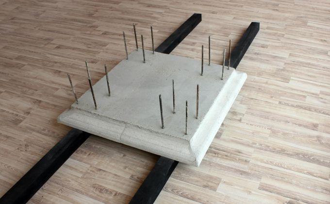 Alessandro Fonte, Non finito, 2015, calcestruzzo armato e legno