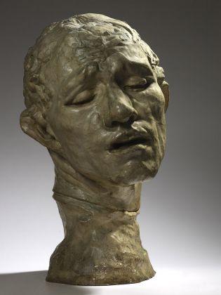 Auguste Rodin, Testa monumentale di Pierre de Wissant (I borghesi di Calais), 1909 gesso, Parigi, musée Rodin © musee Rodin, foto Christian Baraja