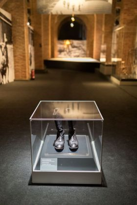 Auschwitz. Non molto tempo fa. Non lontano da qui. Exhibition view at Centro de Exposiciones Arte Canal, Madrid 2017. Photo © Pablo Á. Mendivil, courtesy Musealia