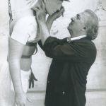 "Federico Fellini, Roma 1979, Cinecittà, durante el rodaje de ""La ciudad de las mujeres"" ©Tazio SecchiaroliDavid Secchiaroli"