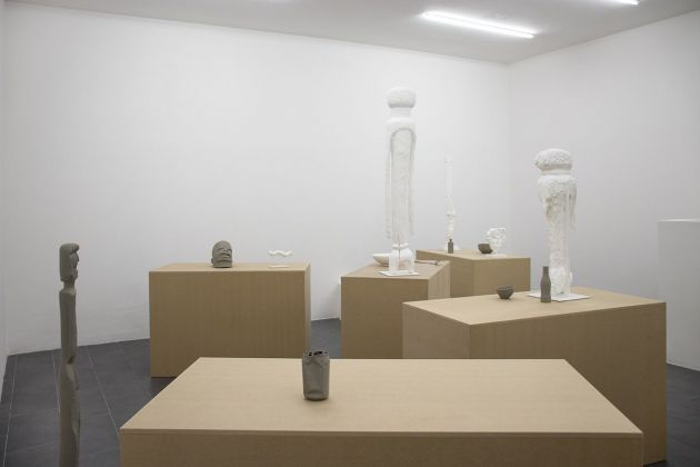Gaylen Gerber. Installation view at Galerie Emanuel Layr, Roma 2017. Courtesy of the artist and Galerie Emanuel Layr