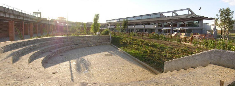 Giardino degli Incontri. Esterno e teatro © Archivio Fondazione Michelucci