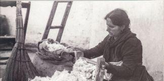 Giuseppe Palumbo, Donna che dissema il cotone, 1907