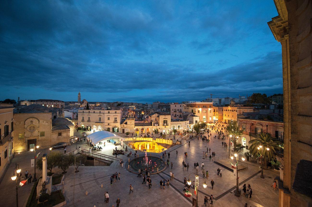 Matera, piazza Vittorio Veneto. Photo Nico Colucci
