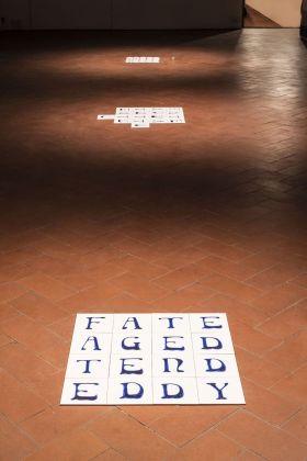 Rosa Aiello, FATE square (AGED), 2017. Courtesy dell'artista e Galleria Federico Vavassori. Foto OKNOstudio
