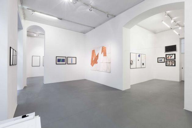 Spazi igroscopici. Exhibition view at Galleria Bianconi, Milano 2017. Photo Tiziano Doria
