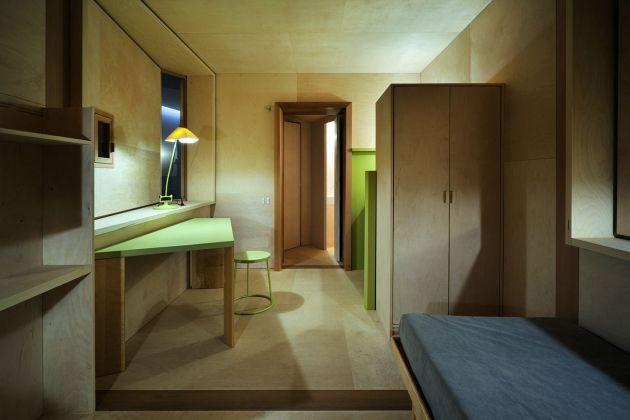 Stanze, altre filosofie dell'abitare. Umberto Riva, La petite chambre. Triennale di Milano, 2016