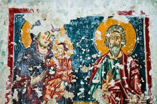 Dipinto murale all'interno della chiesa rupestre di Sant'Andrea; foto di Francesco Ottomaniello
