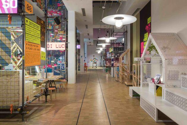 999. Una collezione di domande sull'abitare contemporaneo. Exhibition view at La Triennale di Milano, 2018. Photo © Gianluca Di Ioia
