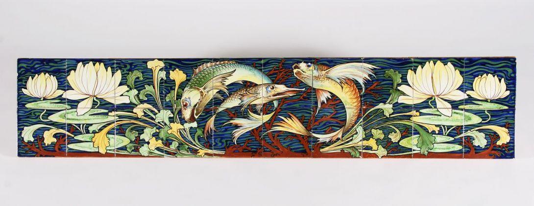 Achille Calzi, Pannello in ceramica con pesci, 1906-09, maiolica, collezione MIC Faenza