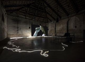 Adelita Husni -Bey, The Reading, 2017. Padiglione Italia, 57. Biennale di Venezia. Courtesy the artist and Laveronica arte contemporanea. Photo Roberto Marossi
