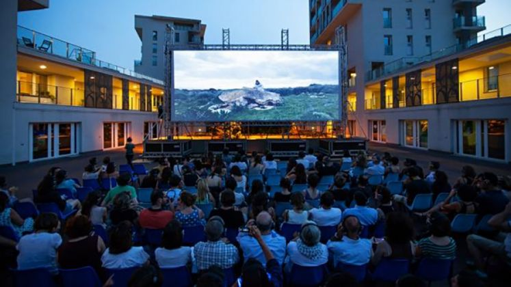 Cinema cuffie- Mare Culturale Urbano
