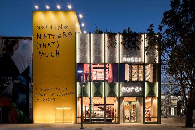 Coco Capitain per il nuovo showroom di Gucci a Miami