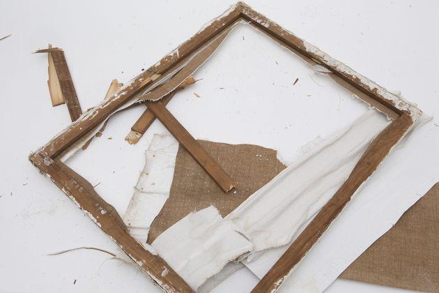 La distruzione di un Achrome falso di Piero Manzoni