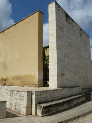 Francesco Venezia e Orazio Saluci, Giardino segreto, Gibellina Nuova, 1985-88