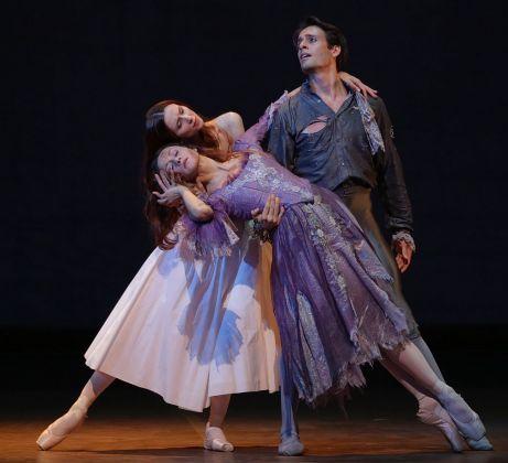 La Dame aux camélias. Teatro alla Scala, Milano 2017. Photo Brescia e Amisano _ Teatro alla Scala