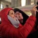 Legnano, il pubblico a Natale dinanzi all'Avvento realizzato da Velasco