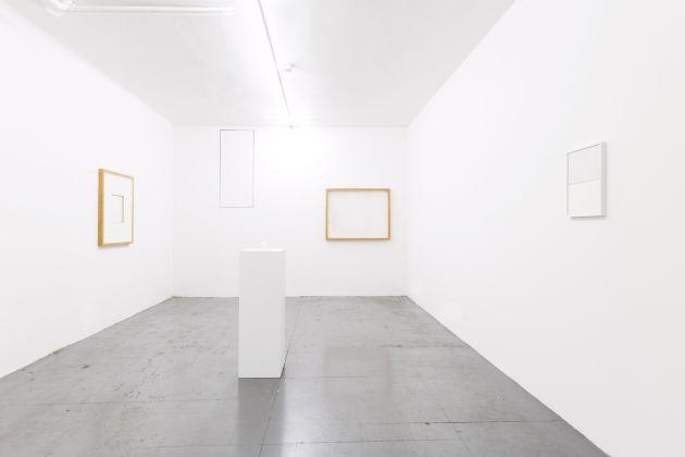 Marco Andrea Magni. Ho sempre agito per dispetto. Installation view at Loom Gallery, Milano 2018. Courtesy Loom Gallery & the artist