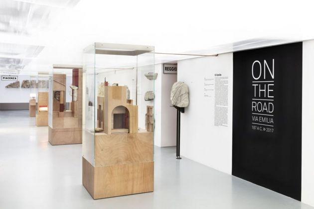 On the Road. Installation view at Musei Civici di Reggio Emilia, 2017. Photo Carlo Vannini