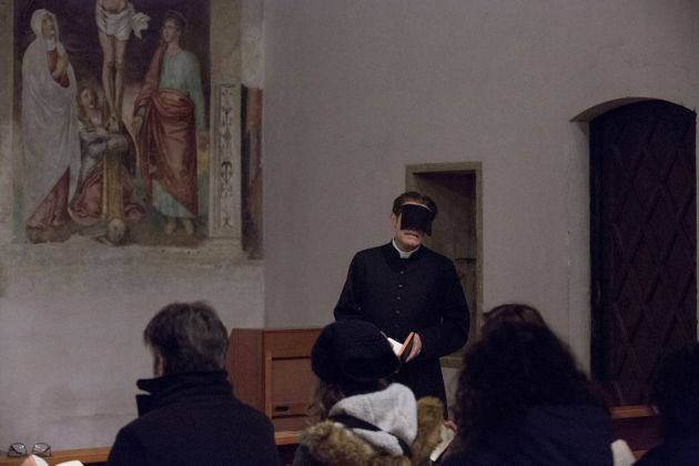Romeo Castellucci, The minister's black veil. Photo Salvatore Pastore