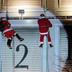 Velasco Vitali, Avvento, 2017. I Babbi Natale alpini del CAI scoprono ogni giorno una casella del calendario