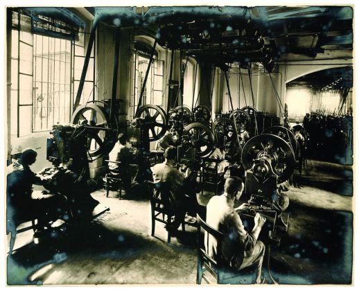 Stabilimento di Ivrea_sala press_anni 1920