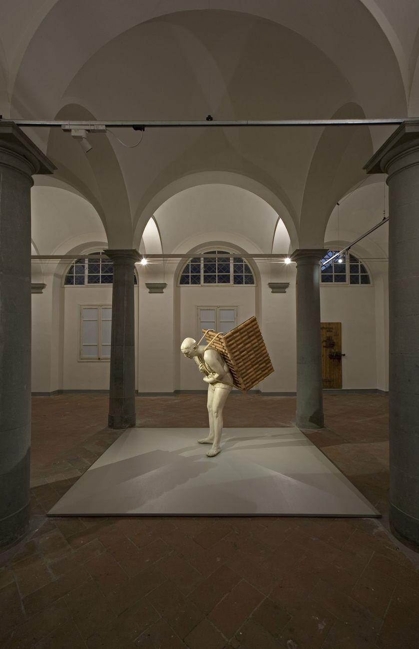 Adrian Paci. Di queste luci si servirà la notte. Installation view at Le Murate, Firenze 2018