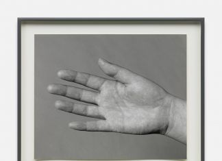 Alejandro Cesarco, Studies for a Series on Love (Wendy's Hands), 2015. Courtesy of the artist and Galleria Raffaella Cortese, Milano. Photo Lorenzo Palmieri