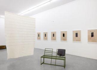 Beckey Beasley. Late Winter Light. Installation view at Gallery Francesca Minini, Milano 2018. Courtesy Gallery Francesca Minini, Milano. Photo Agostino Osio